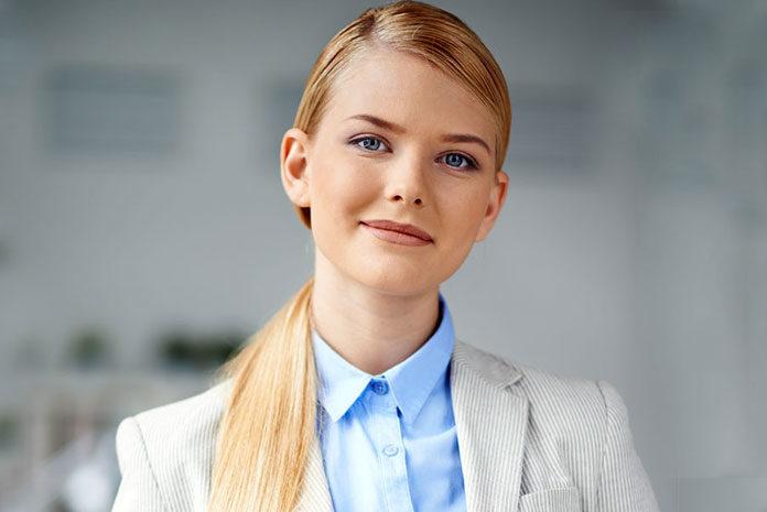 Jak wykonać makijaż dla blondynki na wiosnę