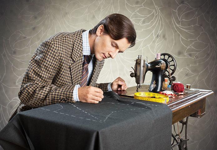 Jeszcze krawiec czy już projektant odzieży? O przeobrażeniach wcale nie ginącego zawodu