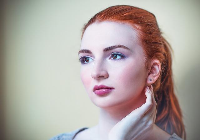 Farbowanie włosów z blondu na rudy