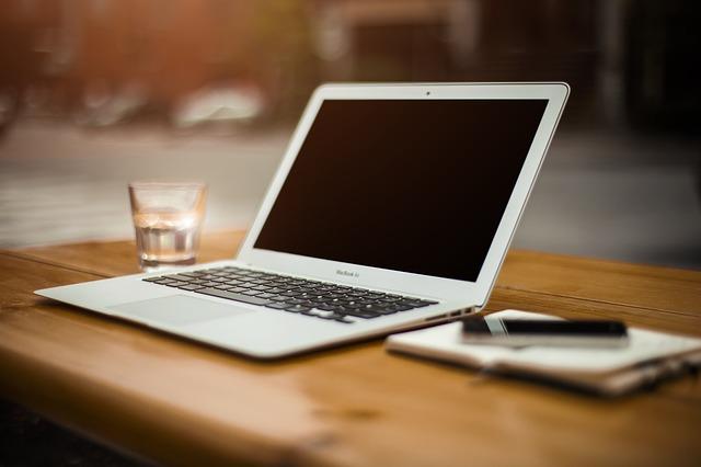 Zarabianie przez blogowanie