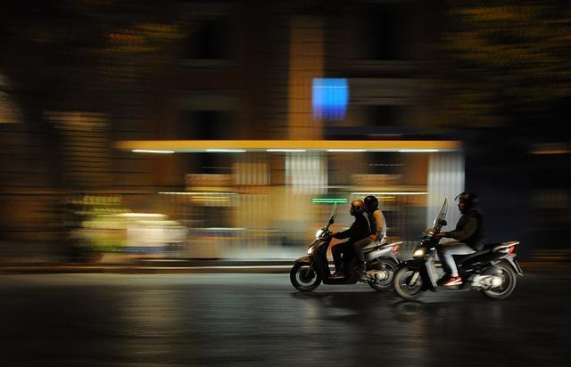 Przewóz osób w ofercie wypożyczalni pojazdów