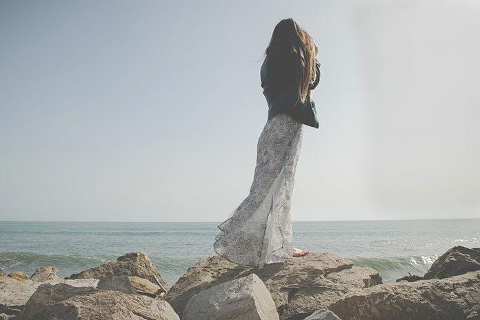 Sukienki letnie w stylu boho – przegląd najciekawszych fasonów