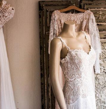 Jak wybrać suknię ślubną i na co zwrócić uwagę podczas wizyty w salonie